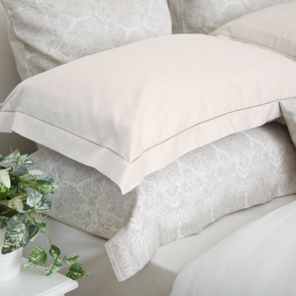 Mother of Pearl Satin Stitch Oxford Pillowcase