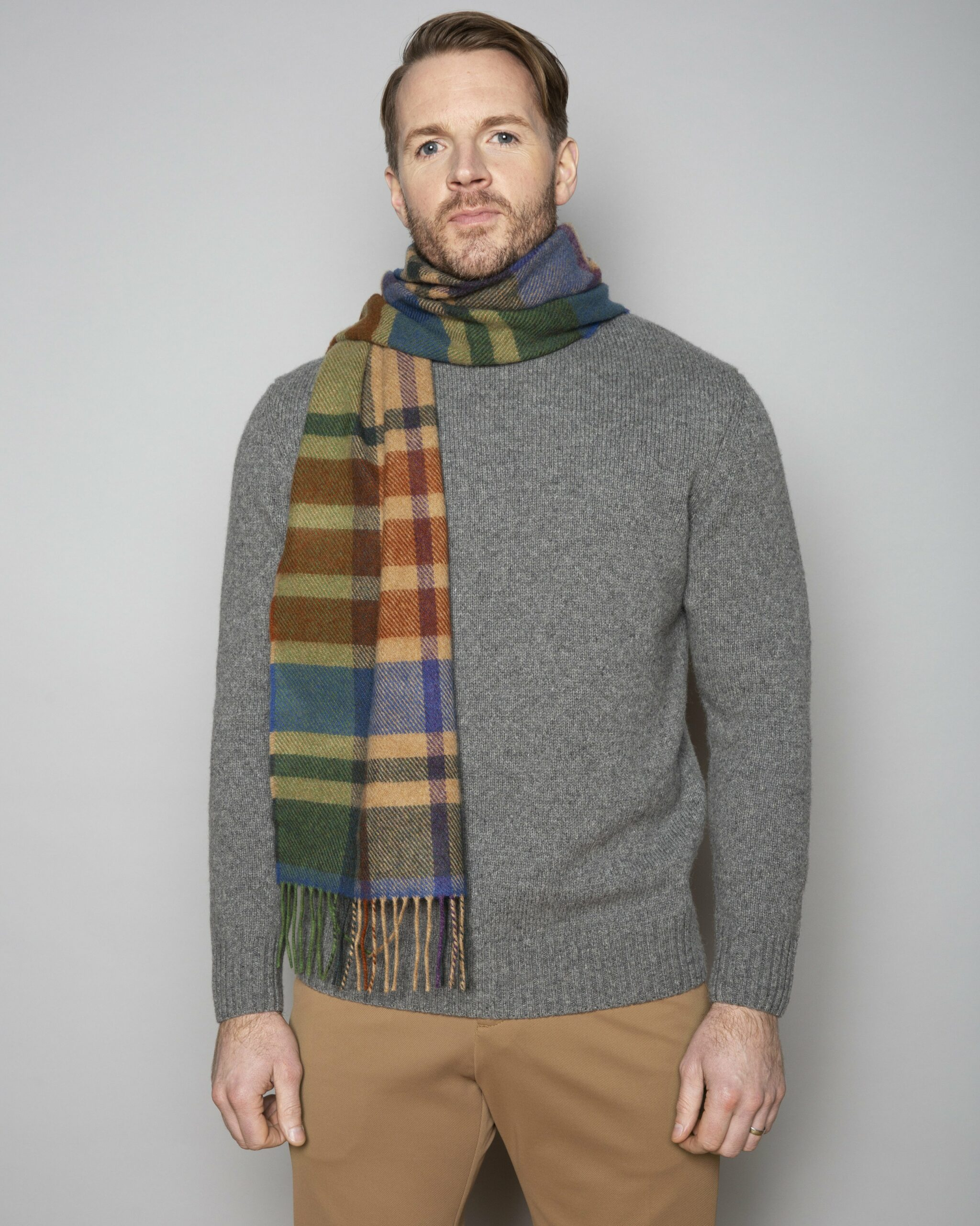 Country Border Lambswool Scarf