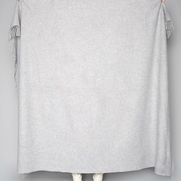 Pearl Grey Solid Throw
