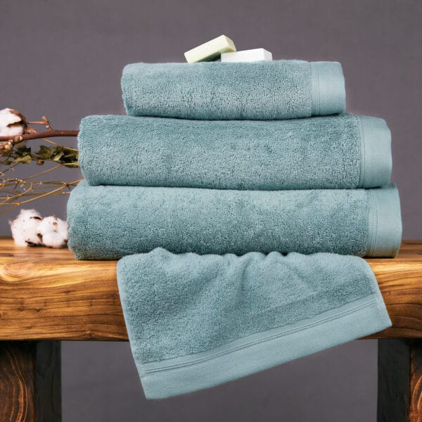 Foxford Luxury Hand Towels – Various Colours