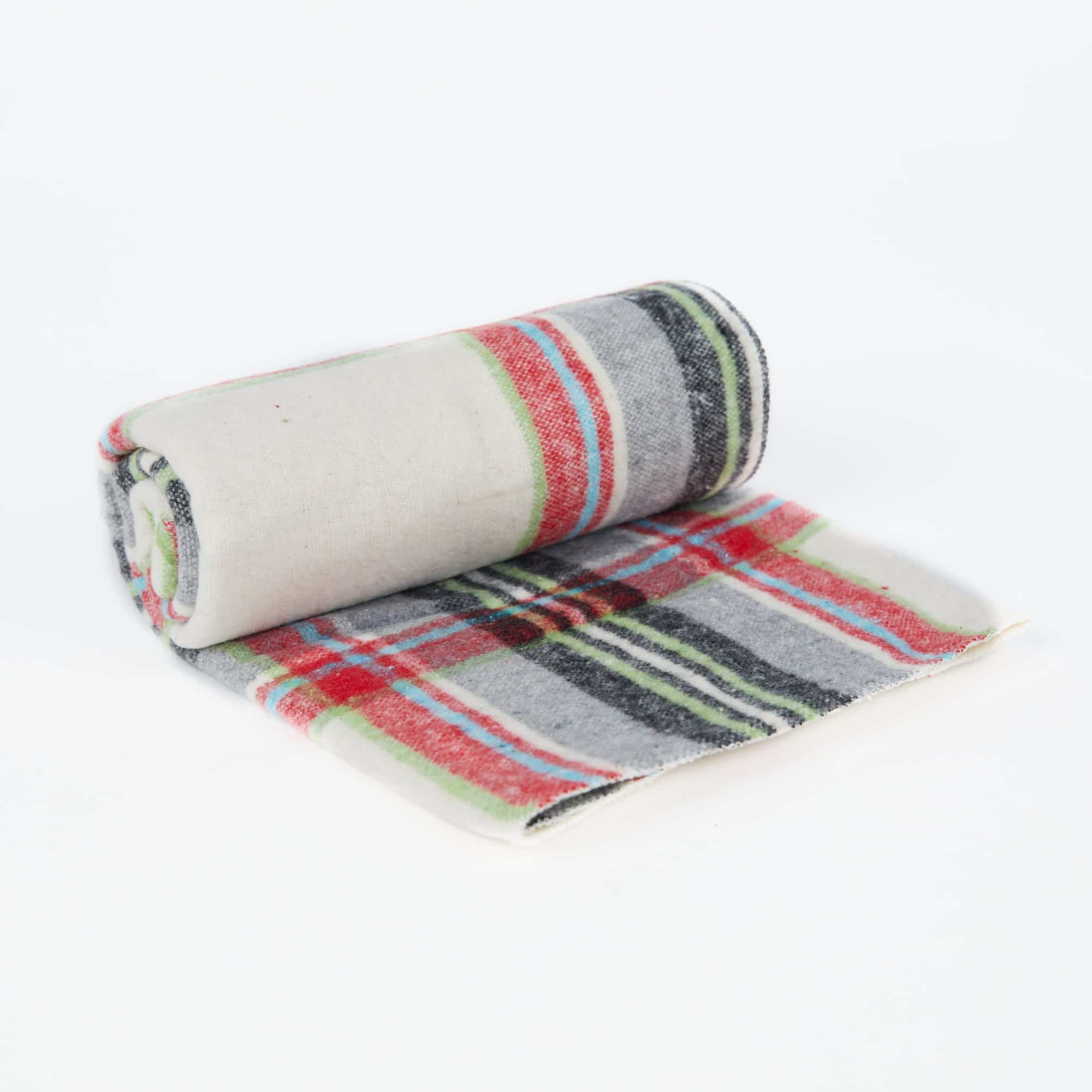 Bailey Snuggly Pet Blanket – Stripes
